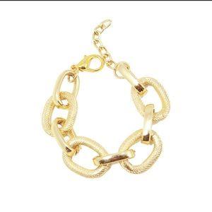 NWOT Gold Chain Bracelet